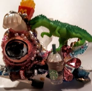 Wendy Gell art roach clip doll eye dinosaur Crysta